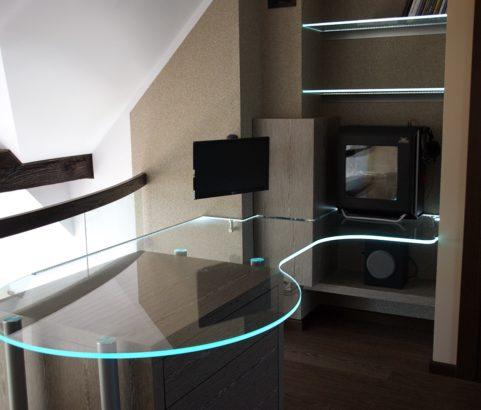 Podświetlany blat ze szkła Optiwhite 15mm