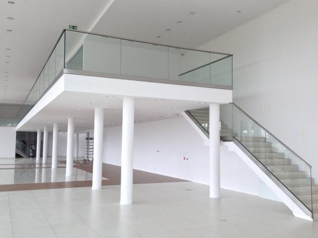 W superbly Balustrady szklane, samonośne - ze szkła bezpiecznego | szklarski.com PM92